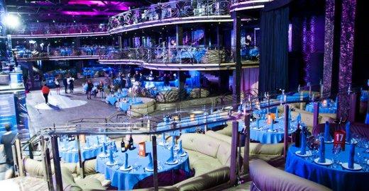 Самый большой клуб москве рестораны бары клубы кафе москвы
